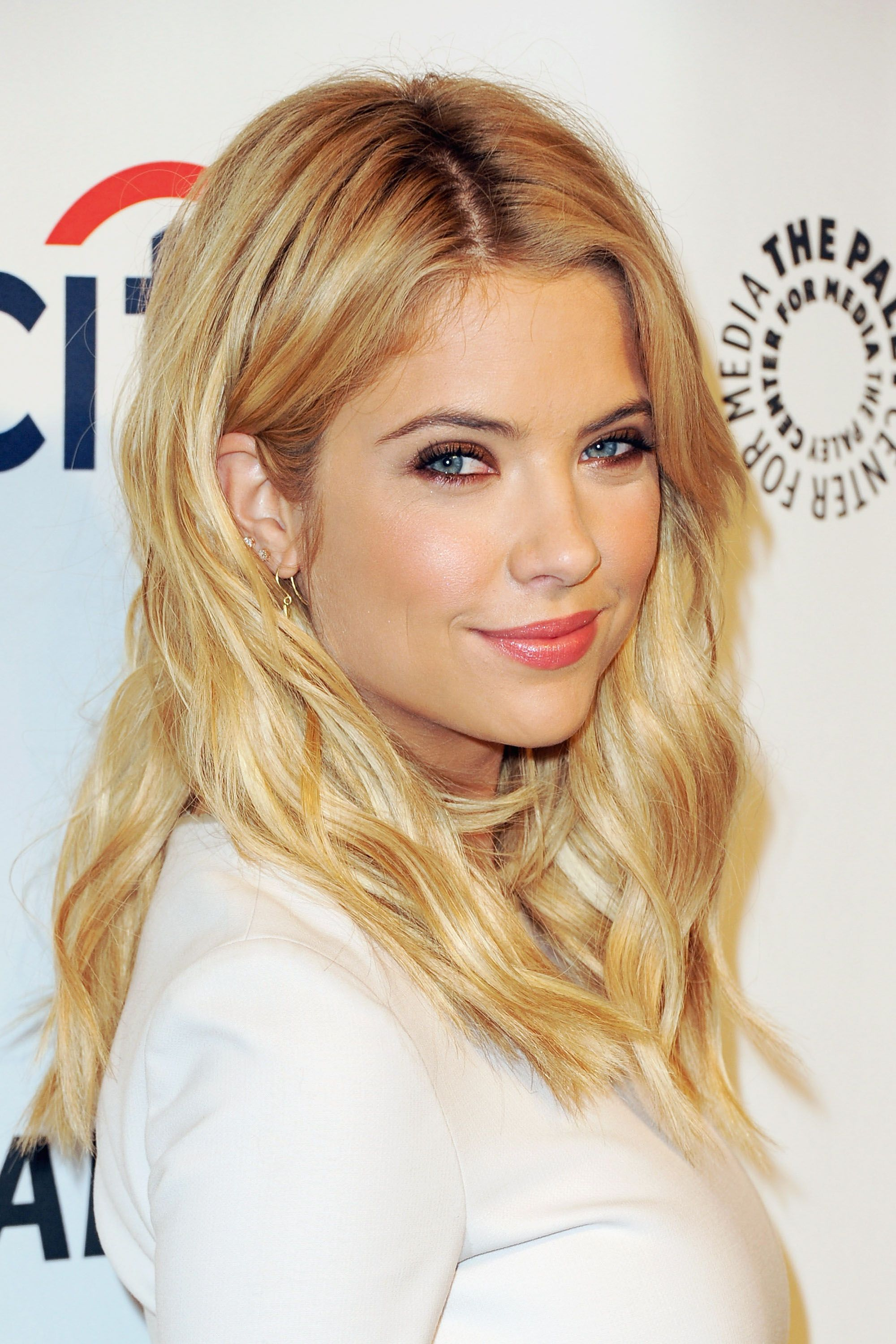 Swell The 18 Best Blonde Hairstyles In Hollywood Hairstyles For Women Draintrainus