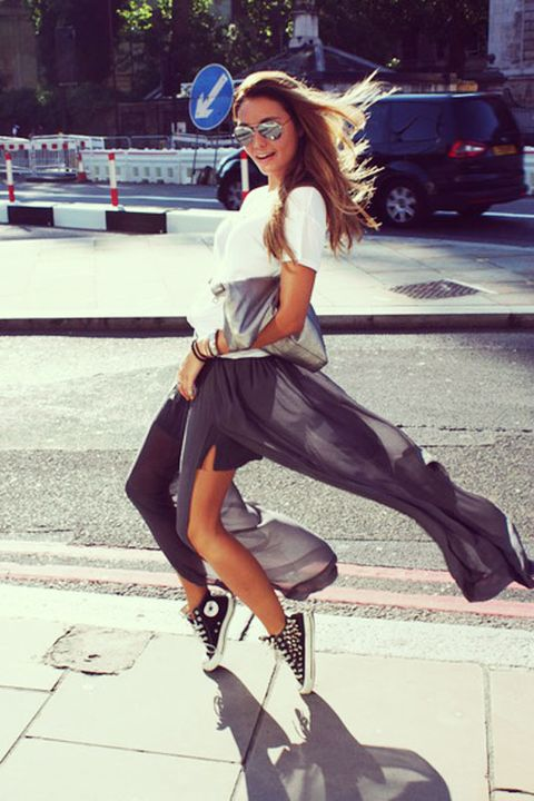 d81dffd502952f Awesome Ways to Pair Sneakers With Skirts and Dresses - Tips for ...