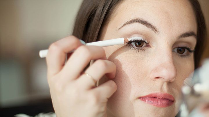 3eb5cb57c1d801 17 Easy Makeup Tips You Have to Try - Best Makeup Tricks and Hacks