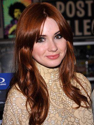 53a087db2cb74_-_cos-red-hair-karen-gillan-0711-de.jpg