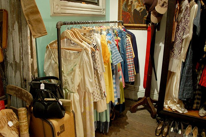 How To Shop Vintage Clothing - Key Pieces To Buy Vintage