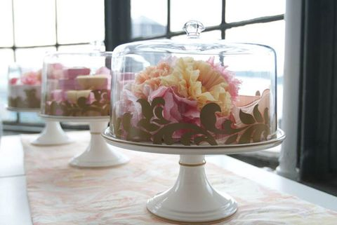 Cake Stands Wedding Centerpieces Cake Stands And Flowers