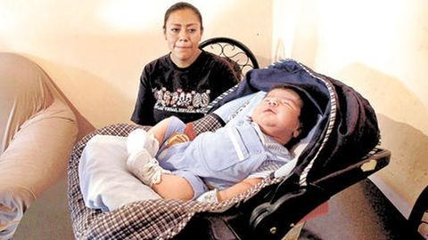 mexican baby dilan aram largest baby in the world