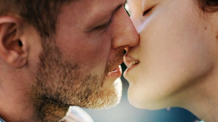 Guy Im Hookup Is A Bad Kisser