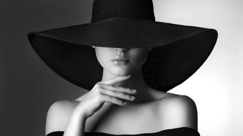 Lip, Hat, Style, Headgear, Fashion accessory, Costume accessory, Monochrome, Costume hat, Model, Black-and-white,