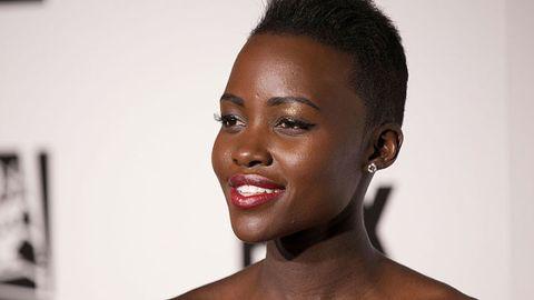 Lip, Cheek, Mouth, Hairstyle, Skin, Chin, Forehead, Eyelash, Shoulder, Eyebrow,