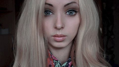 22 Incredible Photos of the New Human Barbie