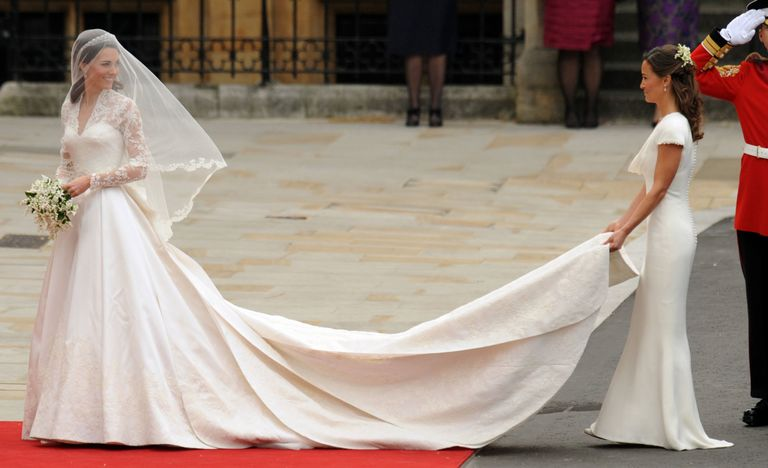 How to wear white to someone elses wedding tips for wearing even though youre not pippa middleton you can pull this off junglespirit Images