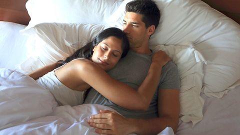 Nose, Comfort, Interaction, Love, Romance, Black hair, Linens, Bedding, Honeymoon, Pillow,