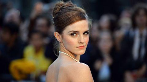 Ear, Lip, Hairstyle, Chin, Shoulder, Eyelash, Eyebrow, Style, Jewellery, Fashion,