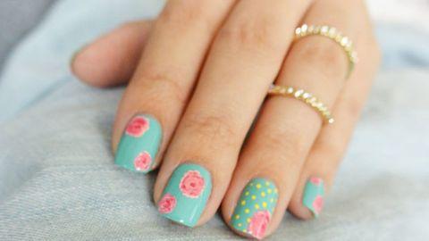 Blue, Finger, Yellow, Skin, Nail, Nail care, Nail polish, Pink, Teal, Style,