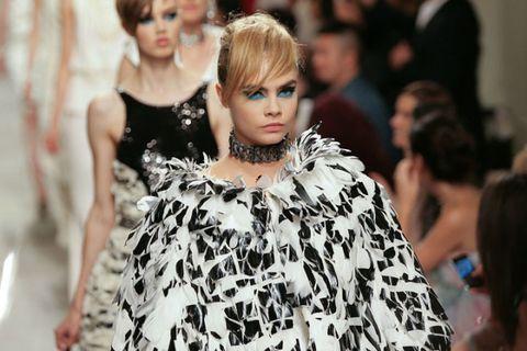 Hairstyle, Style, Dress, Eyelash, Fashion show, Fashion model, Street fashion, Fashion, Beauty, Model,