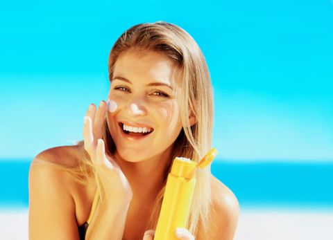 Lip, Finger, Hairstyle, Skin, Happy, Tooth, Facial expression, Summer, People in nature, Jaw,