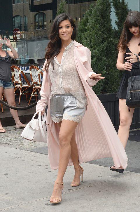 Kourtney Kardashian pregnant photo cosmopolitan.co.uk