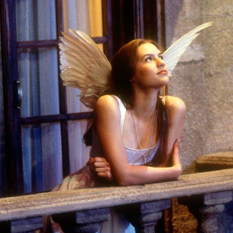 The 90s film actresses we totally crushed on - Claire Danes in Romeo & Juliet. For more celeb nostalgia visit cosmopolitan.co.uk