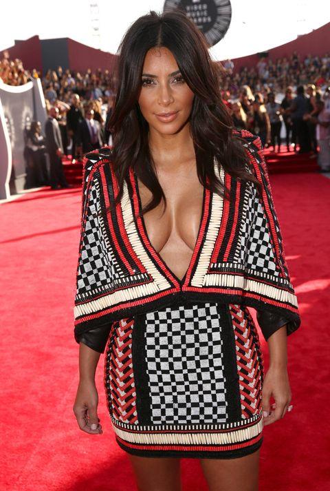 Kim Kardashian wears plunging checker dress at the MTV Video Music Awards 2014