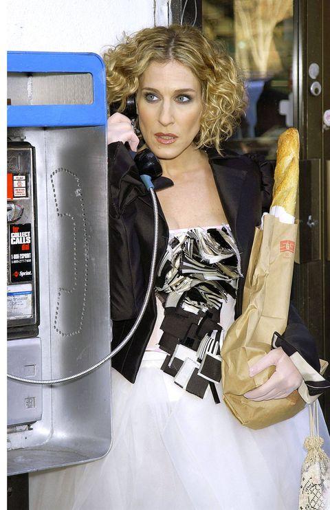 Bag, Jacket, Street fashion, Machine, Shoulder bag, Fashion model, Long hair, Fashion design, Glove, Model,