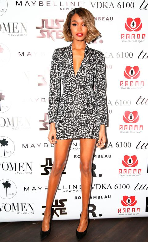 Leg, Sleeve, Shoulder, Red, Dress, Joint, Style, Premiere, Fashion model, Pattern,