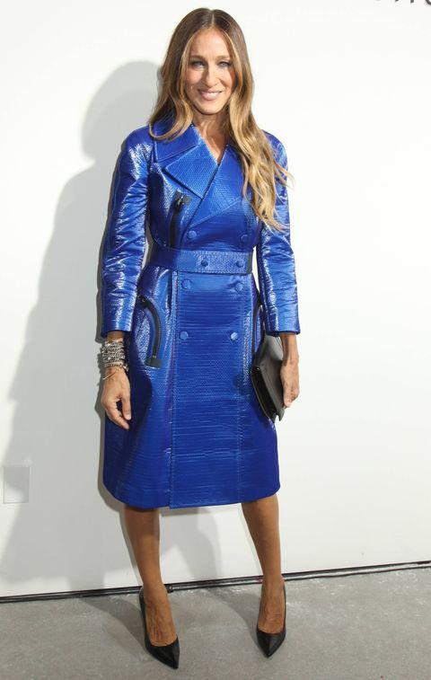 Footwear, Blue, Sleeve, Textile, Joint, Outerwear, Bag, Style, Electric blue, Formal wear,