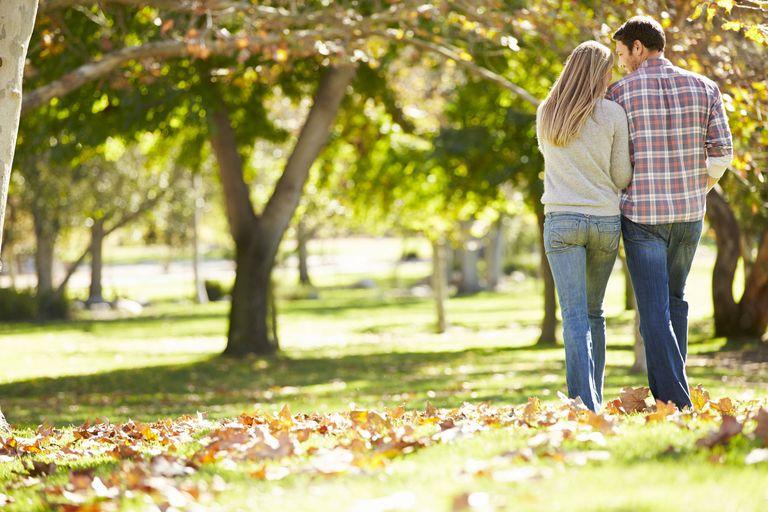 Autumn couple photos having sex — photo 3