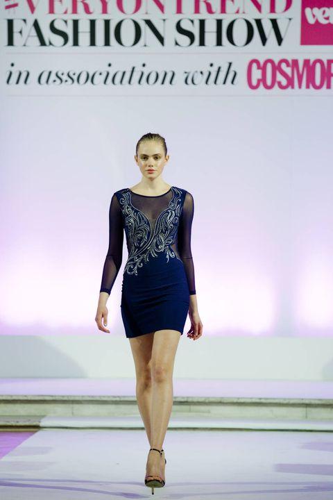 Sleeve, Skin, Shoulder, Fashion show, Human leg, Joint, Dress, Waist, Style, Fashion model,
