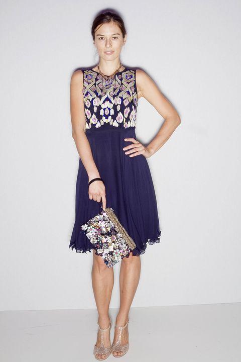 Clothing, Shoulder, Textile, Human leg, Joint, White, Dress, Fashion accessory, Style, Bag,