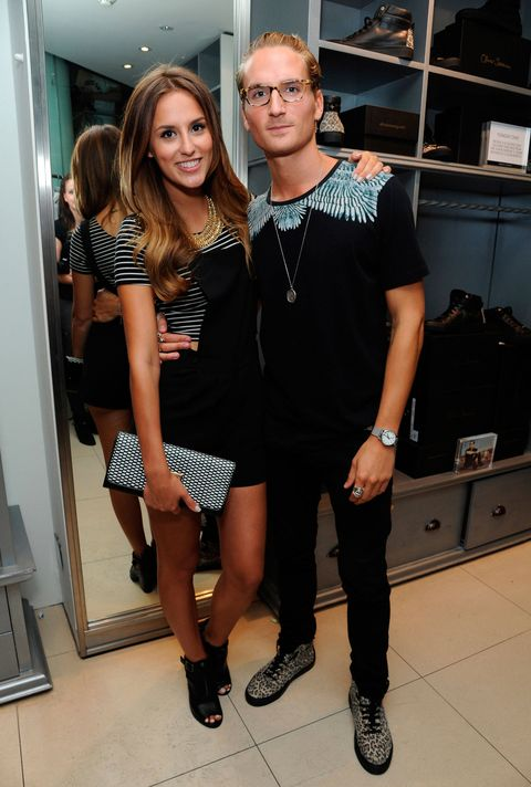 WTF is going on with Lucy and Proudlock on MIC then?