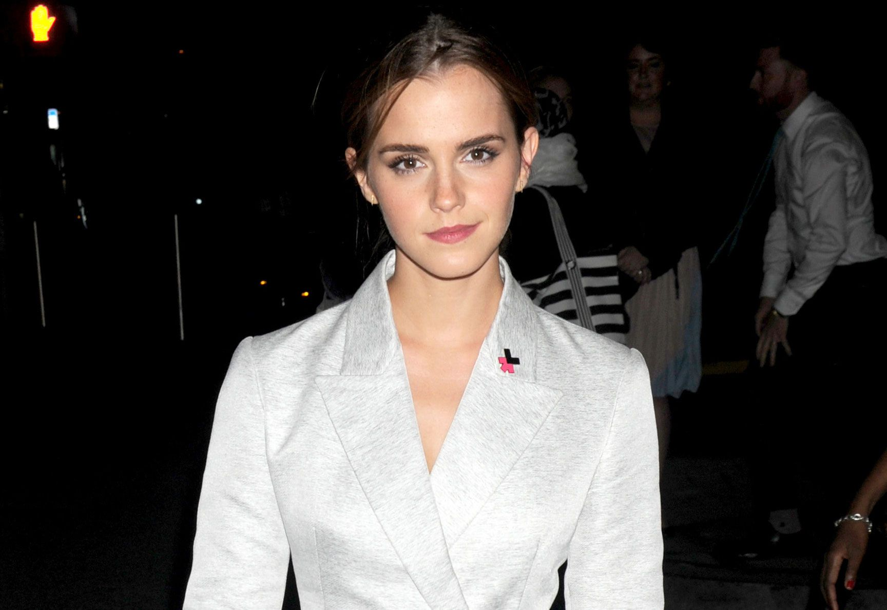 WTF? Emma Watson nude photo leak threat appears to be a hoax