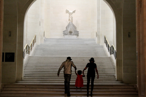 Beyoncé, Jay Z, and Blue Ivy hanging out at the Louvre. Being all adorable and stuff.