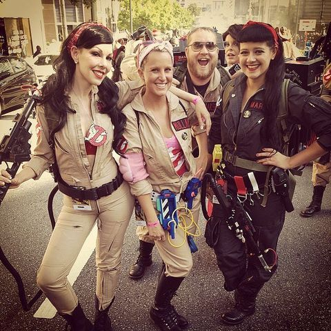 11 non horrifying halloween costume ideas for groups of friends ghostbusters