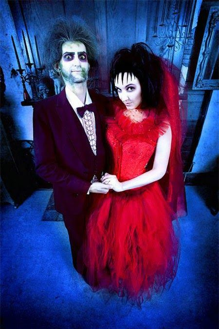 awesome halloween costume ideas for couples beetlejuice and lydia