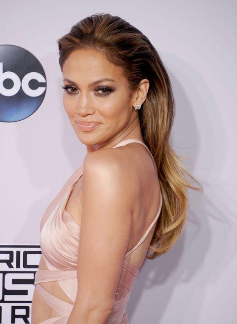 Jennifer Lopez wet look hair