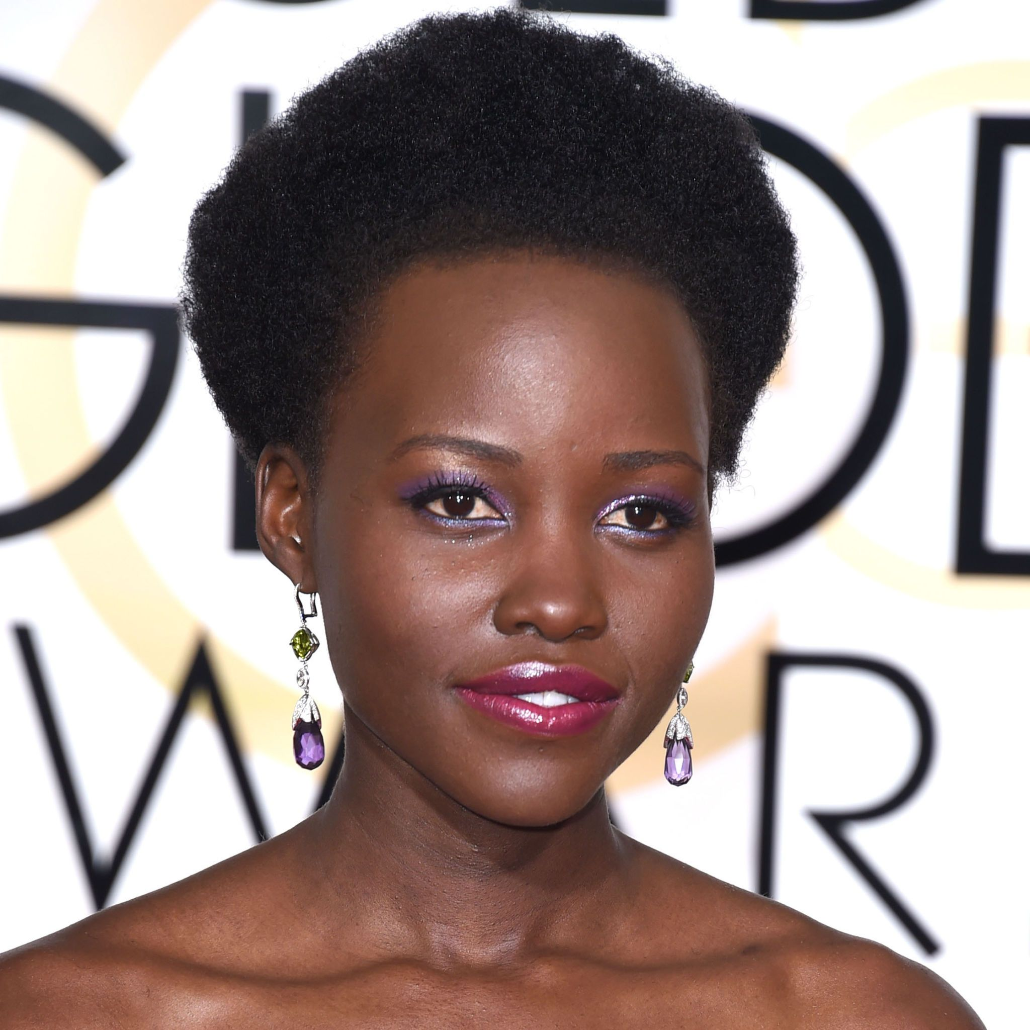 Lupita Nyong'o - Golden Globes 2015 beauty looks