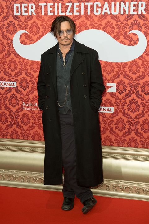 """Johnny Depp branded """"portly and unkempt"""" at Mortdecai premiere"""