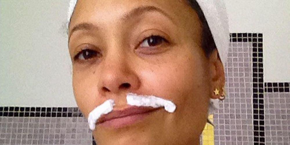 Thandie Newtons Tache Bleaching Selfie