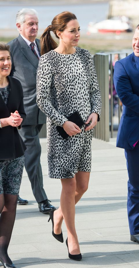 Kate Middleton wears the monochrome mac of our dreams in Margate