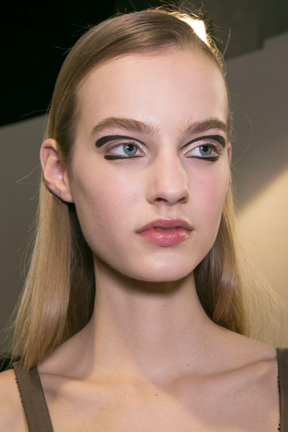 Rochas AW15 beauty trends