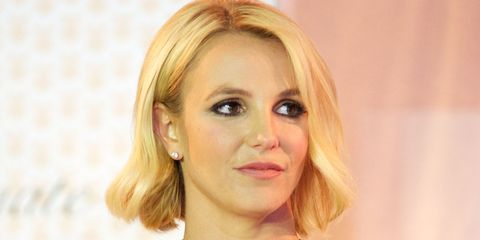 Britney Spears responds to body shamer in the middle of a live show
