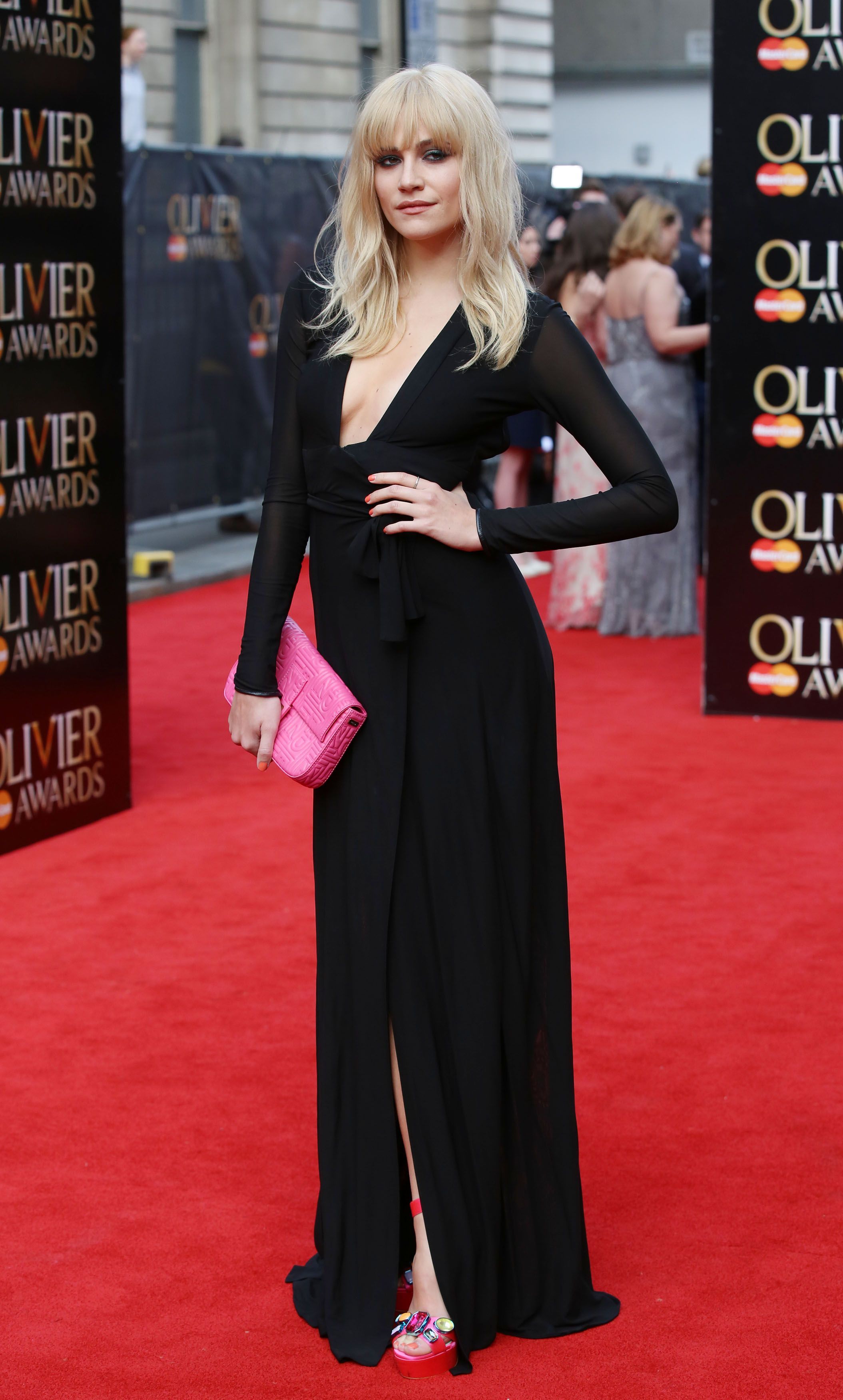 Amanda Abbington Sexy the most glamorous gowns at the olivier awards 2015