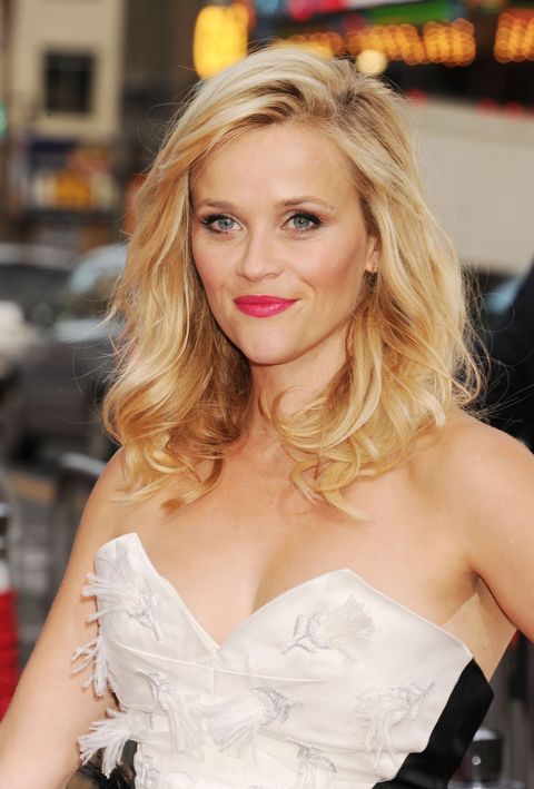 Reese Witherspoon on the red carpet at the Hot Pursuit premiere