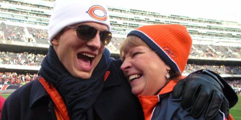 Ashton Kutcher did the CUTEST thing for his mum