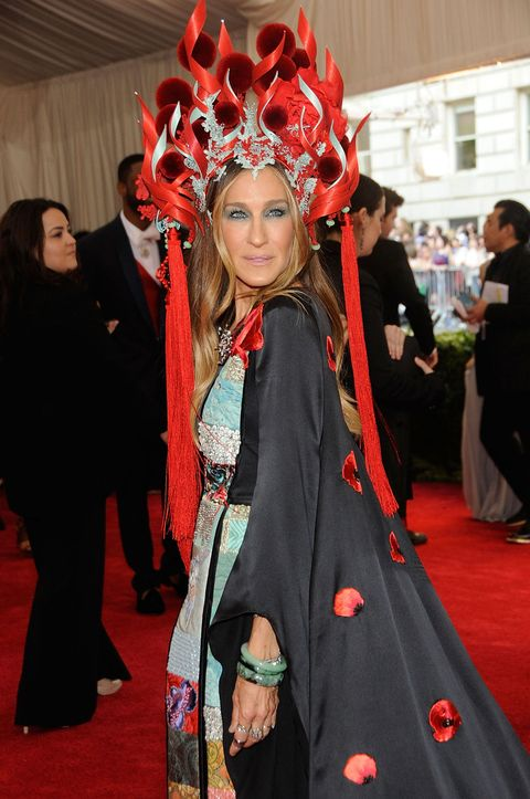 sarah jessica parker wears hm to the met gala 2015