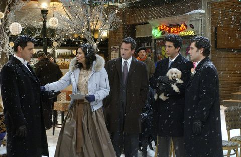 """FRIENDS -- NBC Series -- """"The One With Phoebe's Wedding"""" -- Pictured: (l-r) Matt LeBlanc as Joey Tribbiani, Courteney Cox as Monica Geller-Bing, Matthew Perry as Chandler Bing, David Schwimmer as Dr. Ross Geller, Paul Rudd as Mike Hannigan -- Photo by: NBCU Photo Bank"""