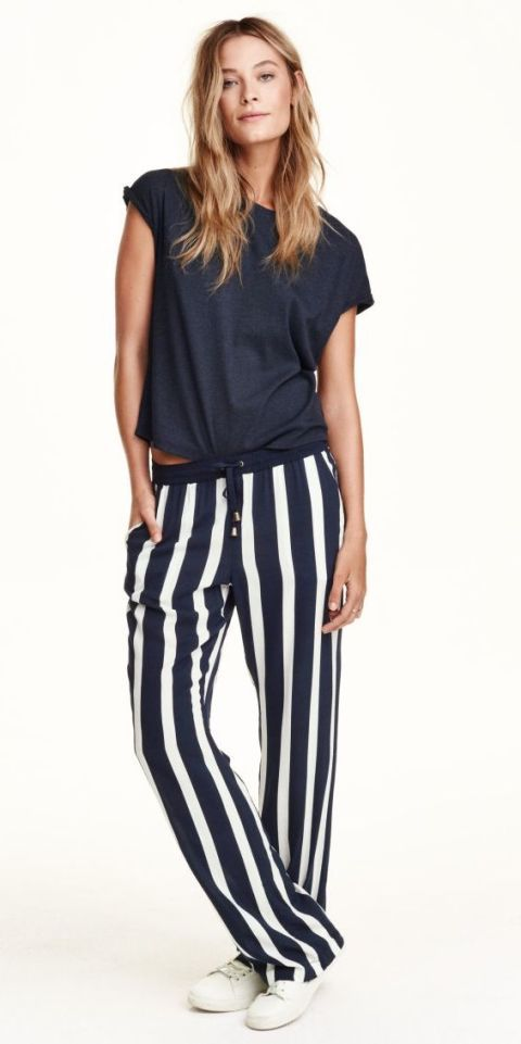 How To Wear Wide Leg Trousers If You Re Petite