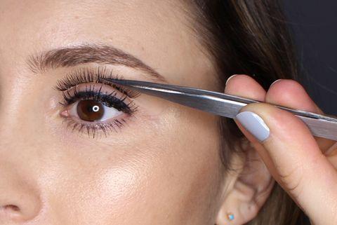 00af52fab55 How to apply false eyelashes: expert fake eyelash application tips