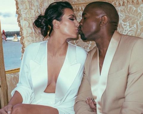 Kim Kardashian shares unseen photos from the Kimye wedding weekend