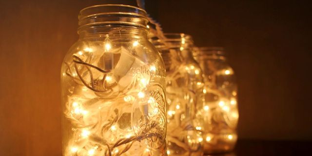 13 ideas for fairy lights in your bedroom
