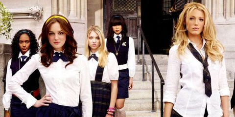 15 things to know before dating a girl who went to an all girls school