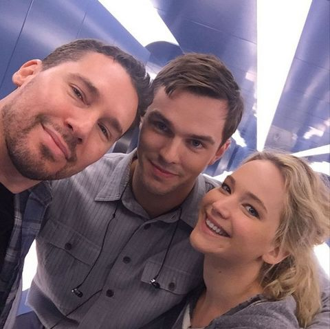 J Law and Nicholas Hoult look just GLORIOUS together