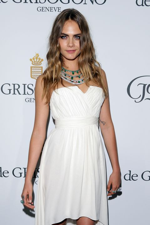 Cara Delevingne looks like an angel in this floaty dress